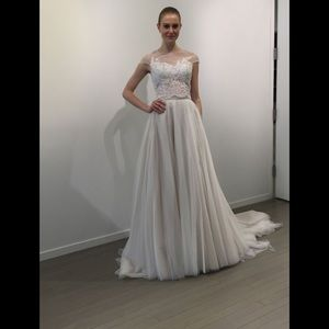 Bliss By Monique Lhuillier ivory tulle skirt